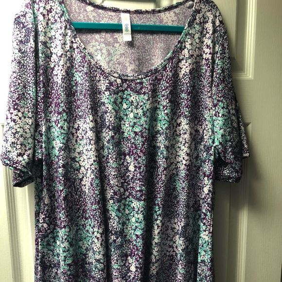Lularoe perfect-t size 2xl